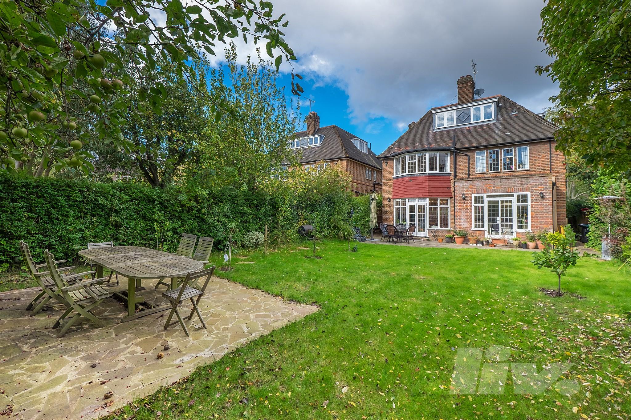 Middleway  Hampstead Garden Suburbs  NW11
