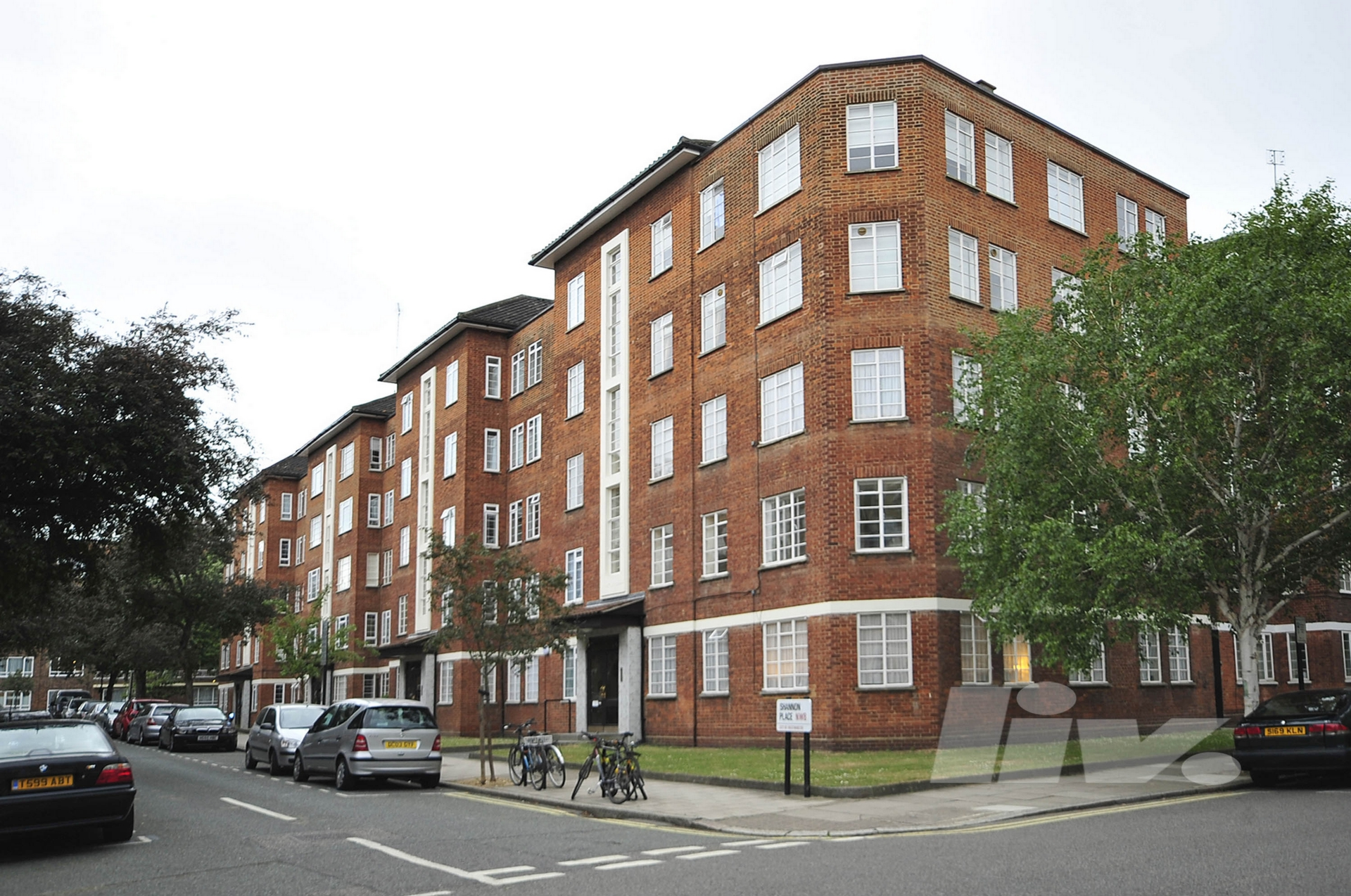 Shannon Place  St John's Wood  NW8