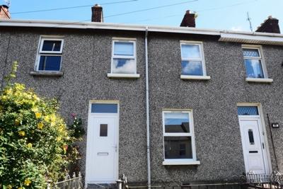 Photo 1, St Patricks Terrace, Derry, BT48