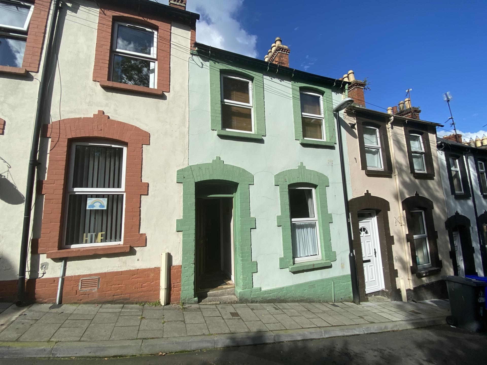 Photo 2, Princes Terrace, Cityside, BT48