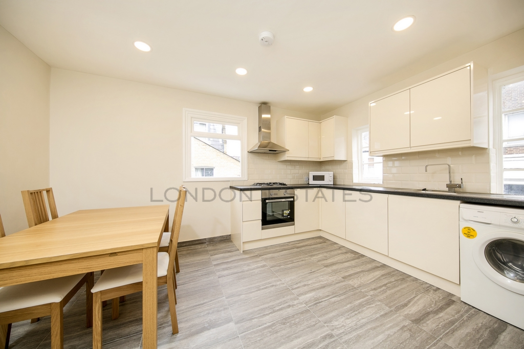 Lavender Hill  Clapham  SW11