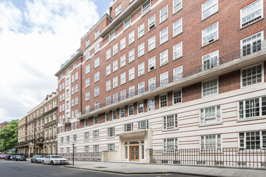 Portman Square  Marylebone  London  W1H