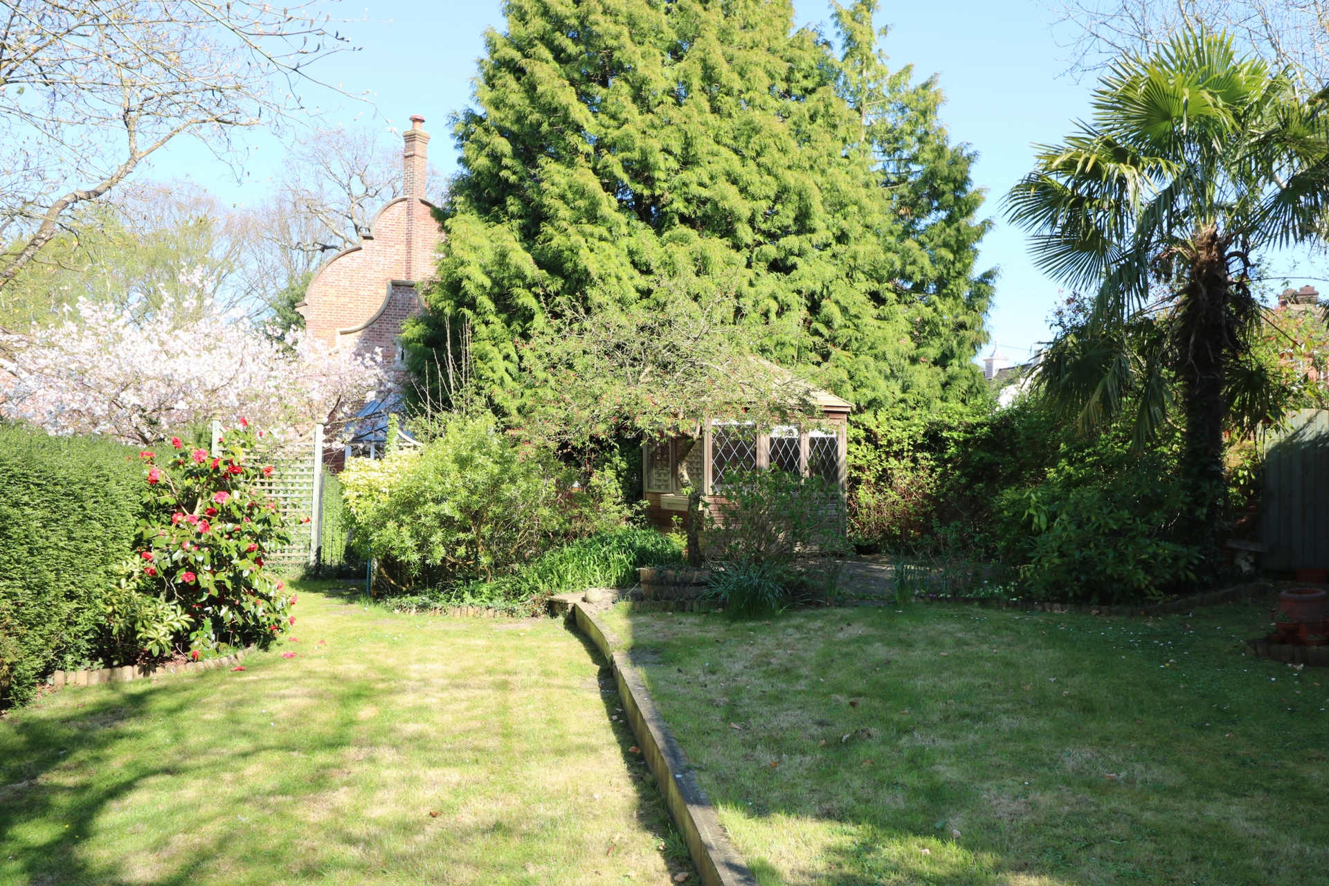 Finches Lane  Lindfield  RH16