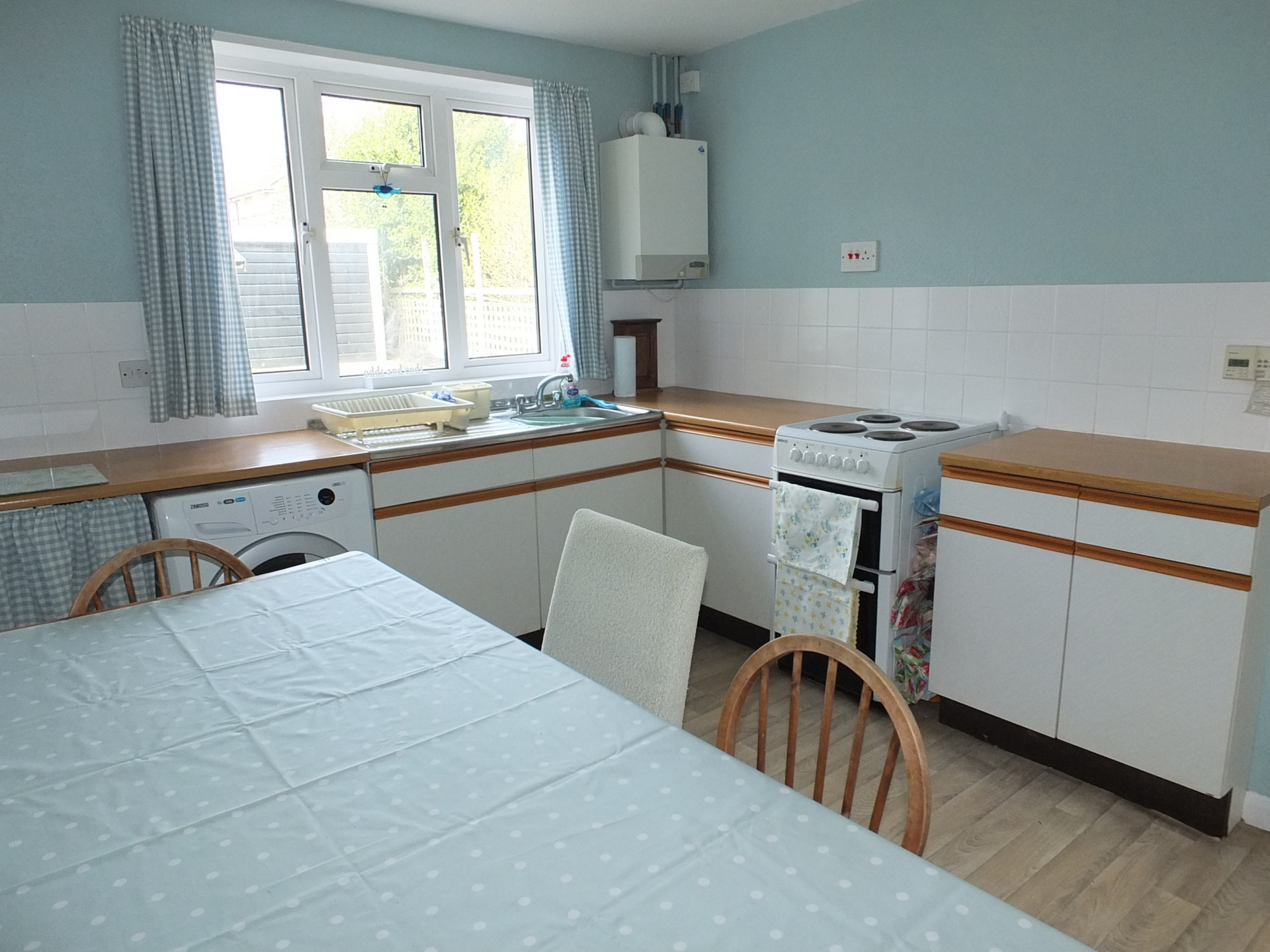 Property for sale Luxford Road,Lindfield,RH16 | 2 Bedroom House Semi ...