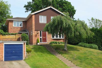 Photo 2, Wealden Way, Haywards Heath, RH16