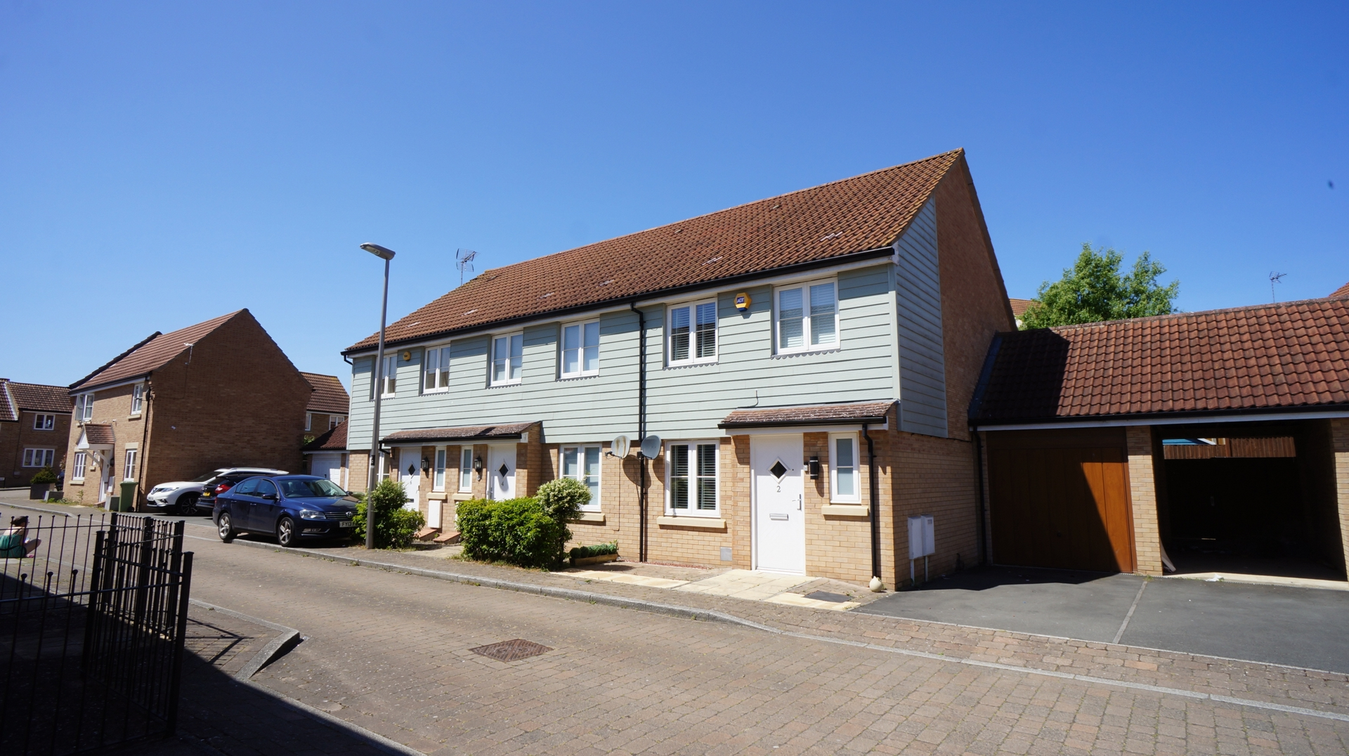 Cagney Crescent, Oxley Park, MK4