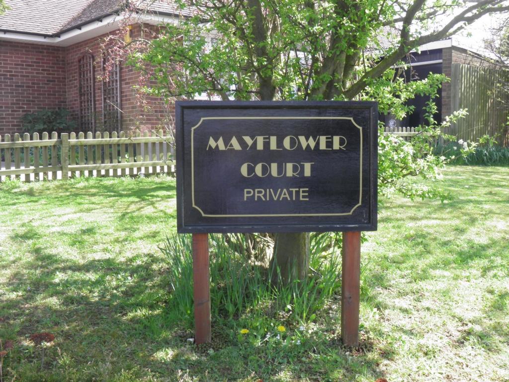 Mayflower Court