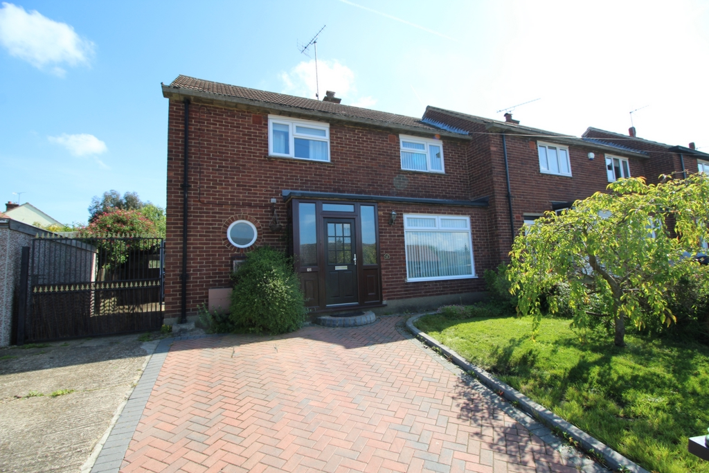 Beaconfield Way  Epping  CM16