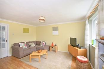 Lounge, Ash Keys, Southgate, RH10