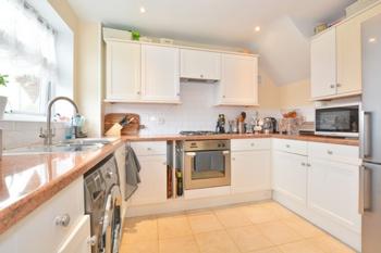 Kitchen, Drake Road, Tilgate, RH10