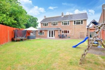 Rear Garden & View, Woodlands, Pound Hill, RH10