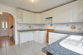 Holtye Walk  Furnace Green  RH10