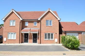 Front, Jade Way, Forge Wood, RH10