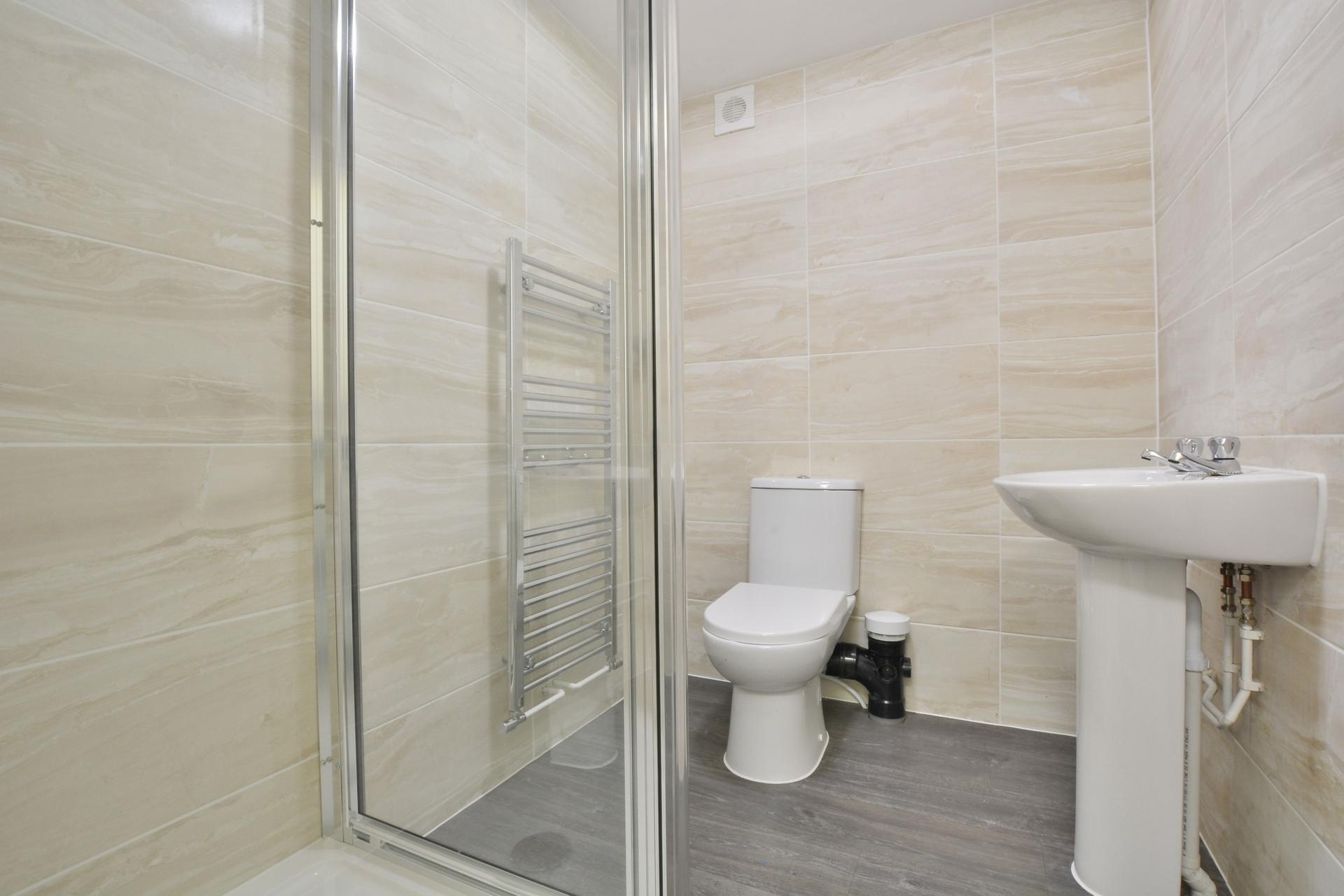 Shower & W/C
