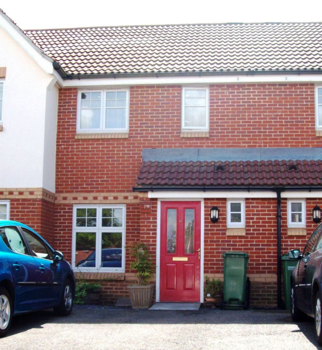 Kirton Close  Hawkinge  CT18