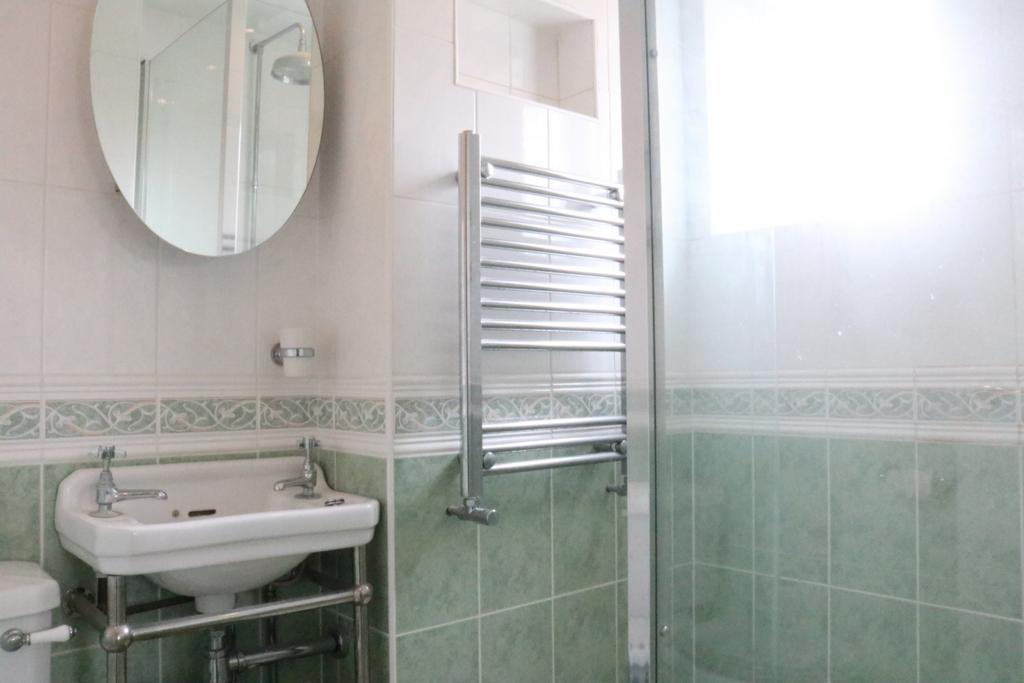 Fully tiled