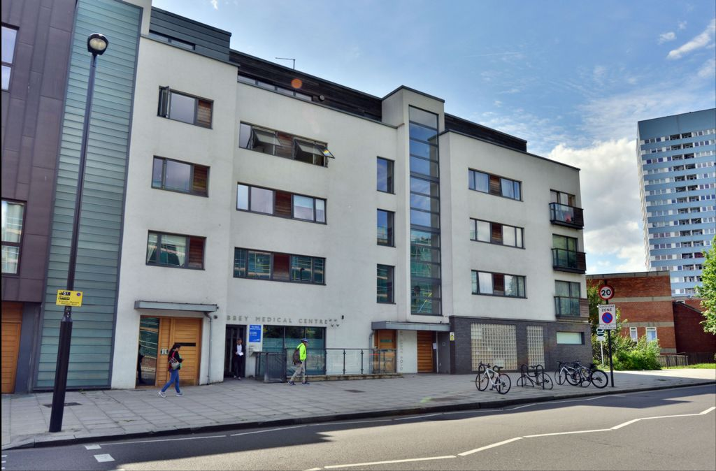 Properties to rent in St Johns Wood | Flats to rent in St