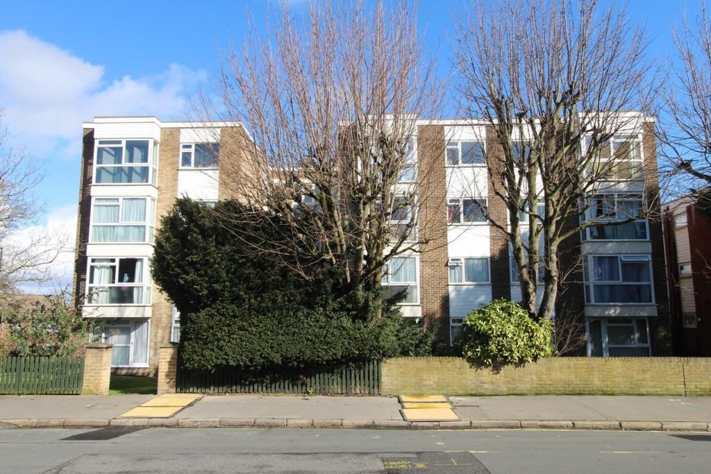 Lancaster Road  South Norwood  SE25