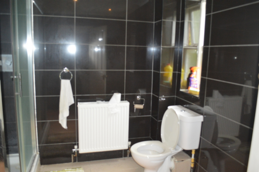 Bathroom - En-Suite