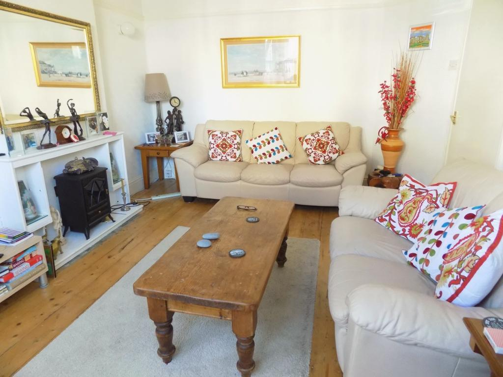 Property For Sale Pleasant Street Craig Y Don Ll30 4 Bedroom End Of Terrace Through Nu Move