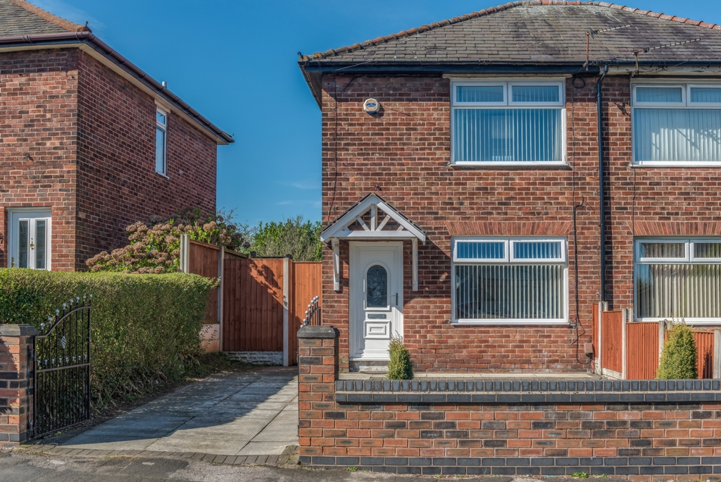Property photo 1, Dragon Lane, Whiston, L35