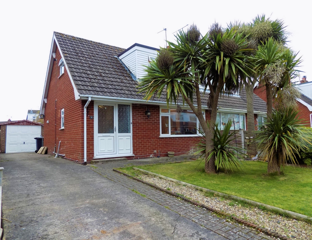 Property photo 1, Sunningdale Grove, Colwyn Bay, LL29