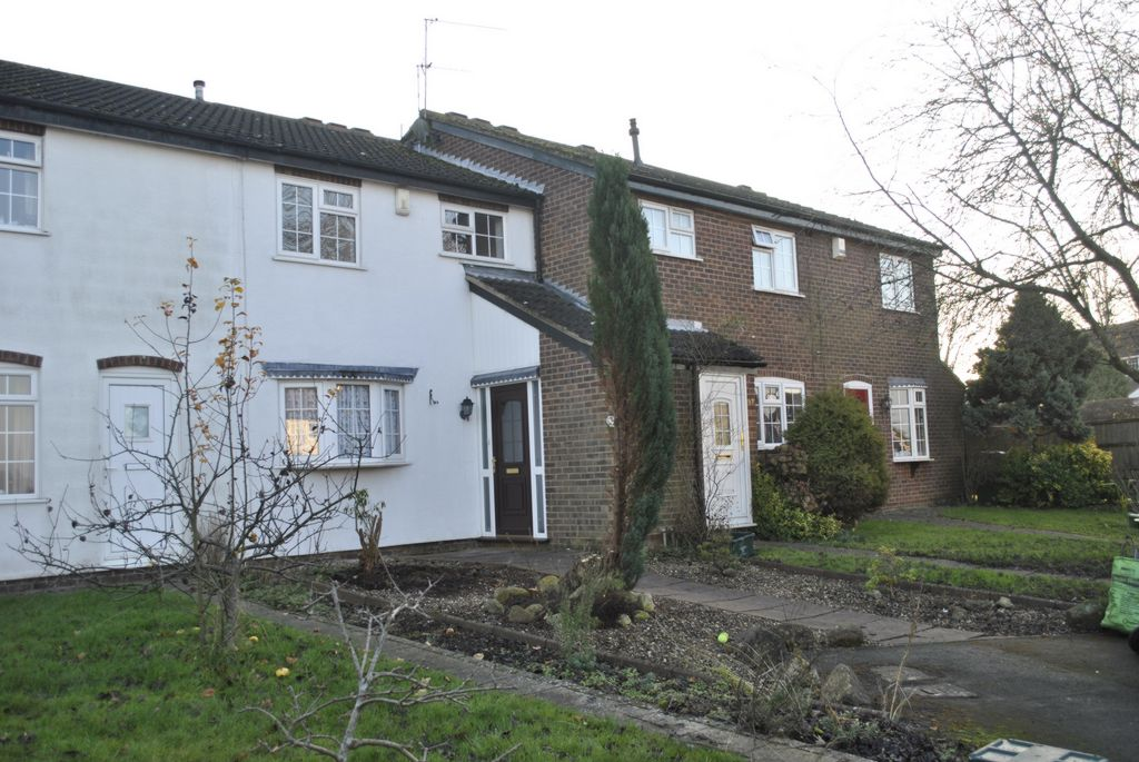 Burton Close  Oadby  LE2