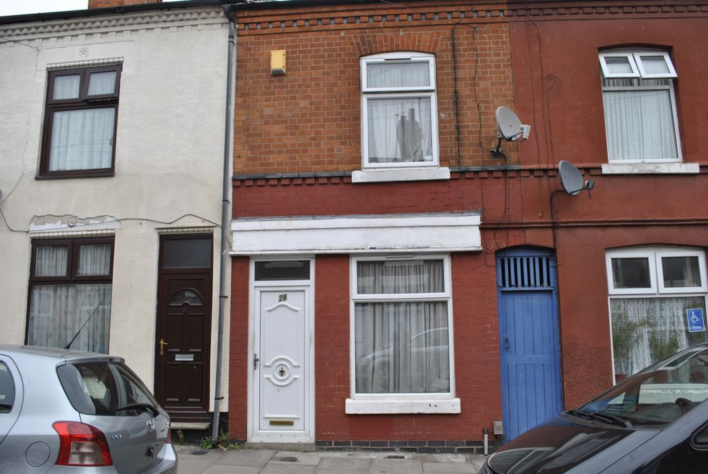 Cecil Road  Leicester  LE2
