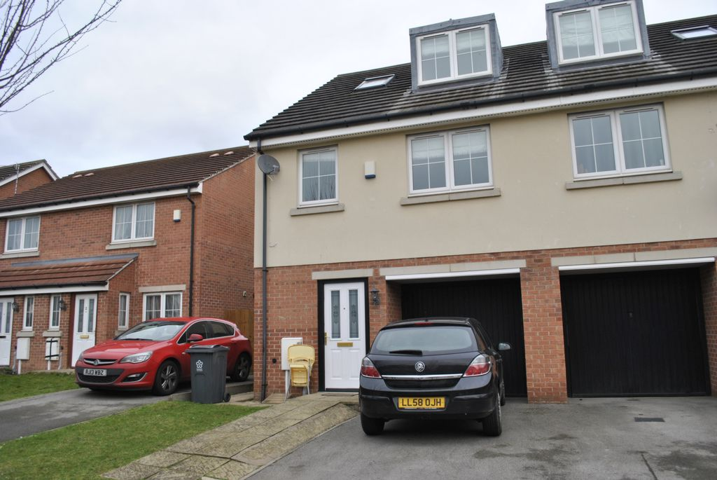 Woodleigh Close  Thurnby  LE5
