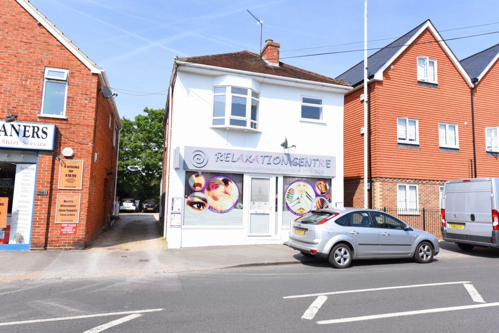 York Town Road  College Town  Sandhurst  GU47