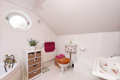 231a Bathroom
