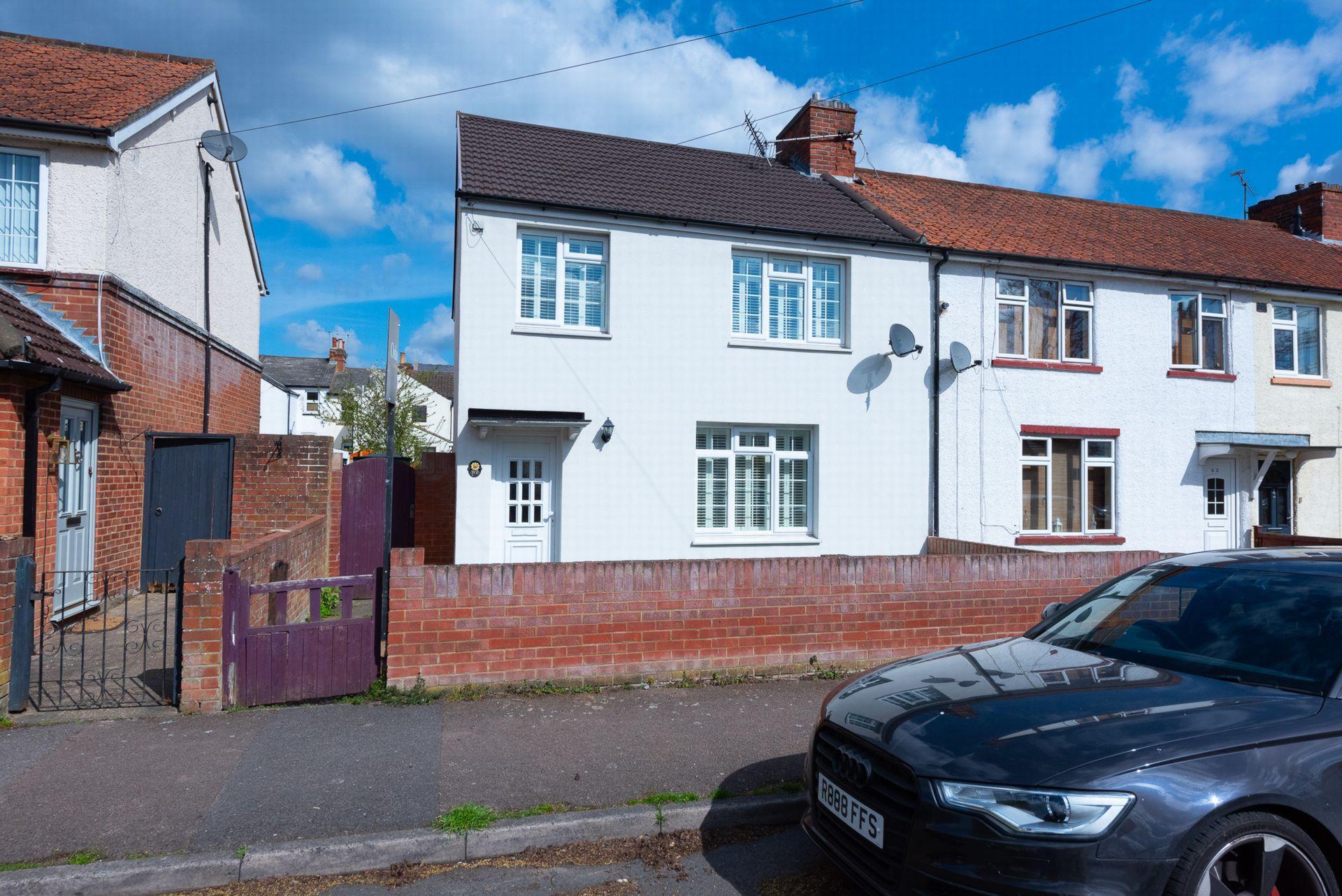 High Street  Farnborough  Farnborough  GU14