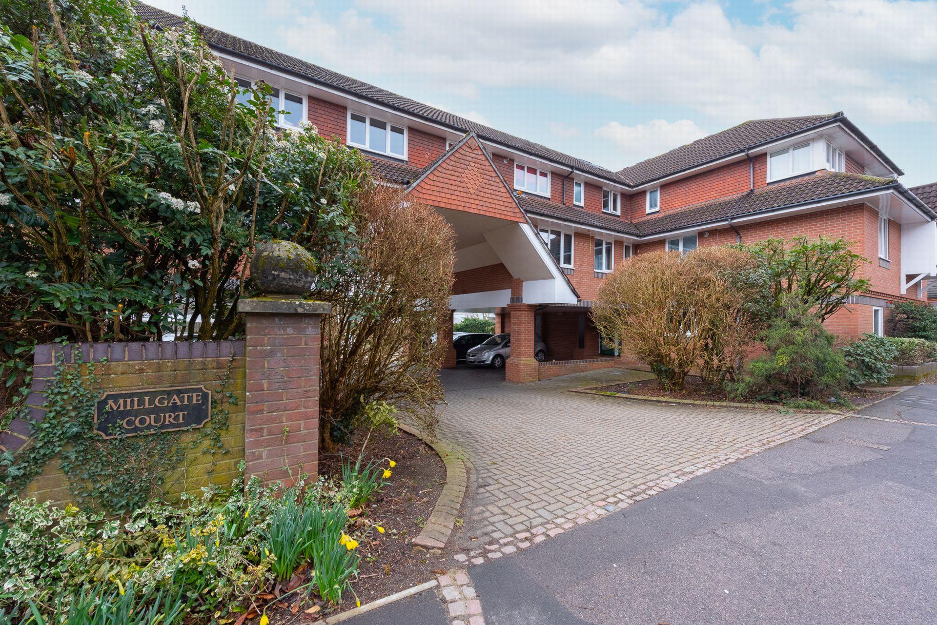 Guildford Road  Farnham  Farnham  GU9