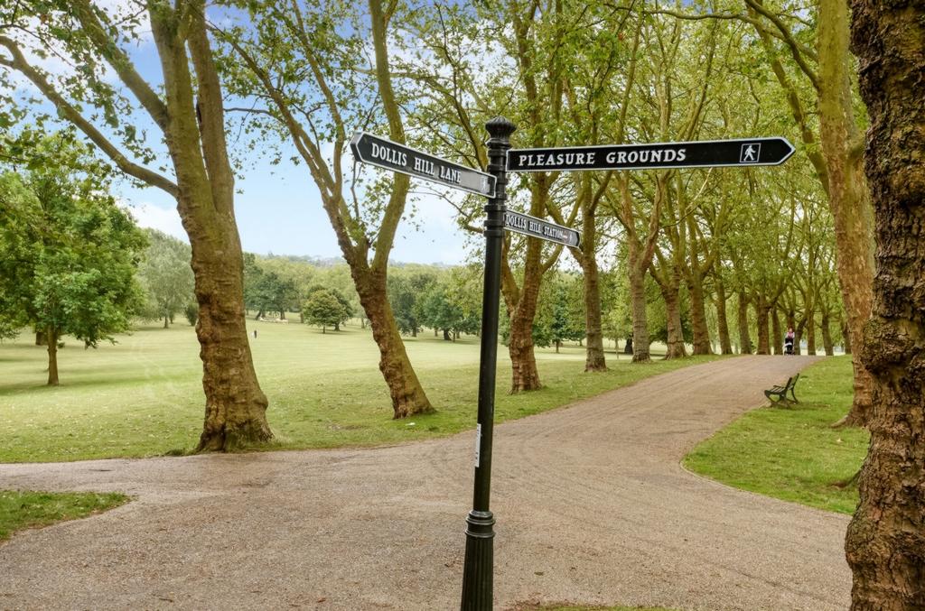 Gladtstone Park