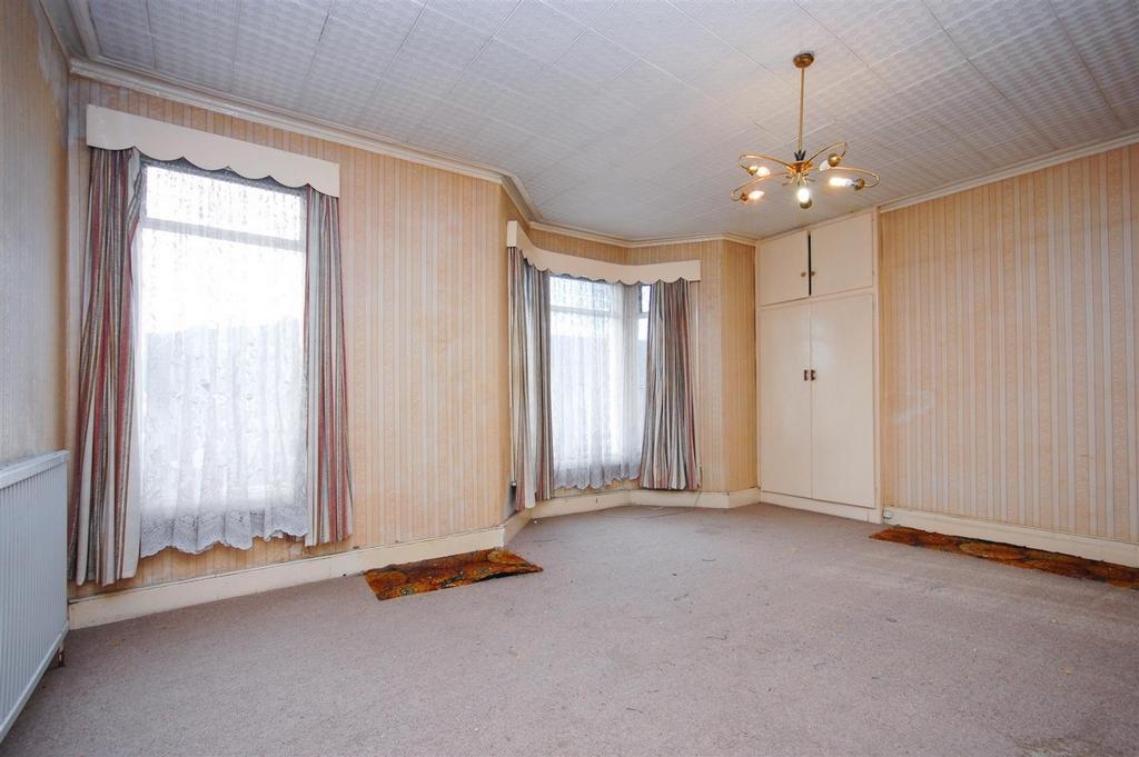 Bedroom 1jpg.jpg
