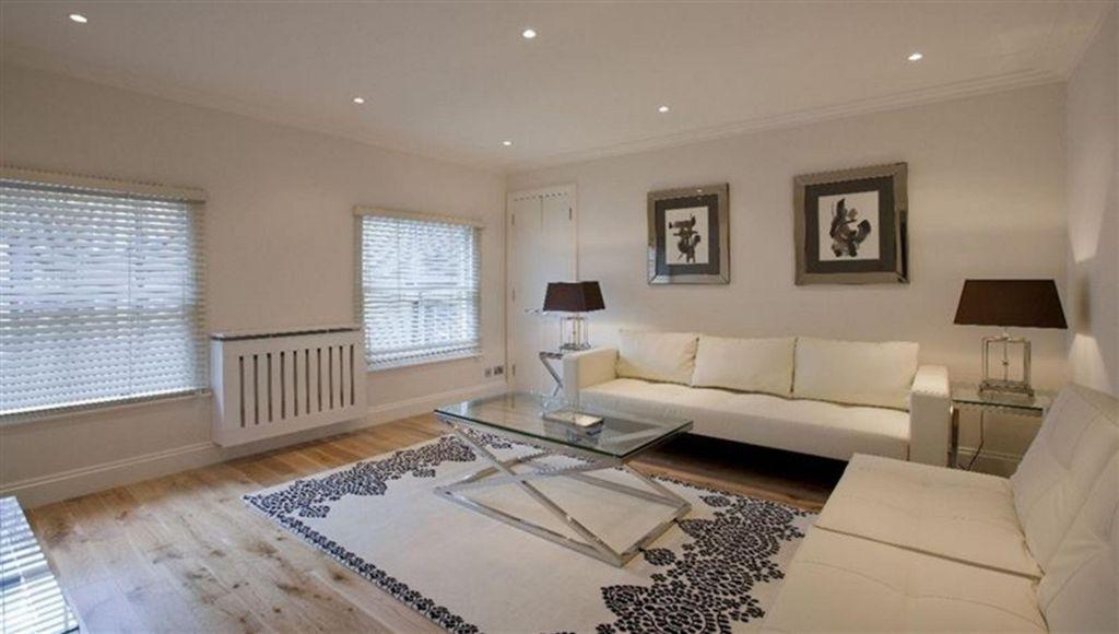 Grosvenor Hill  Mayfair  W1K
