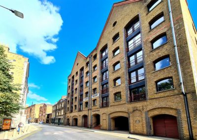 Wapping High Street  London  E1W