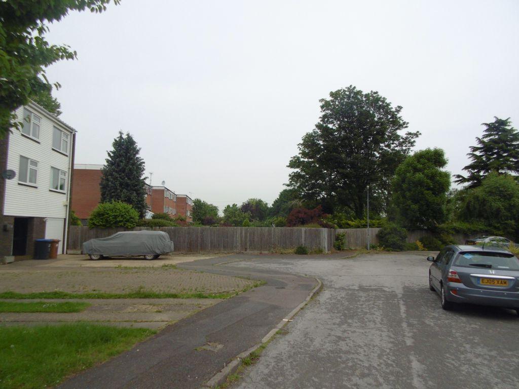 Burleigh Mead  Hatfield  AL9