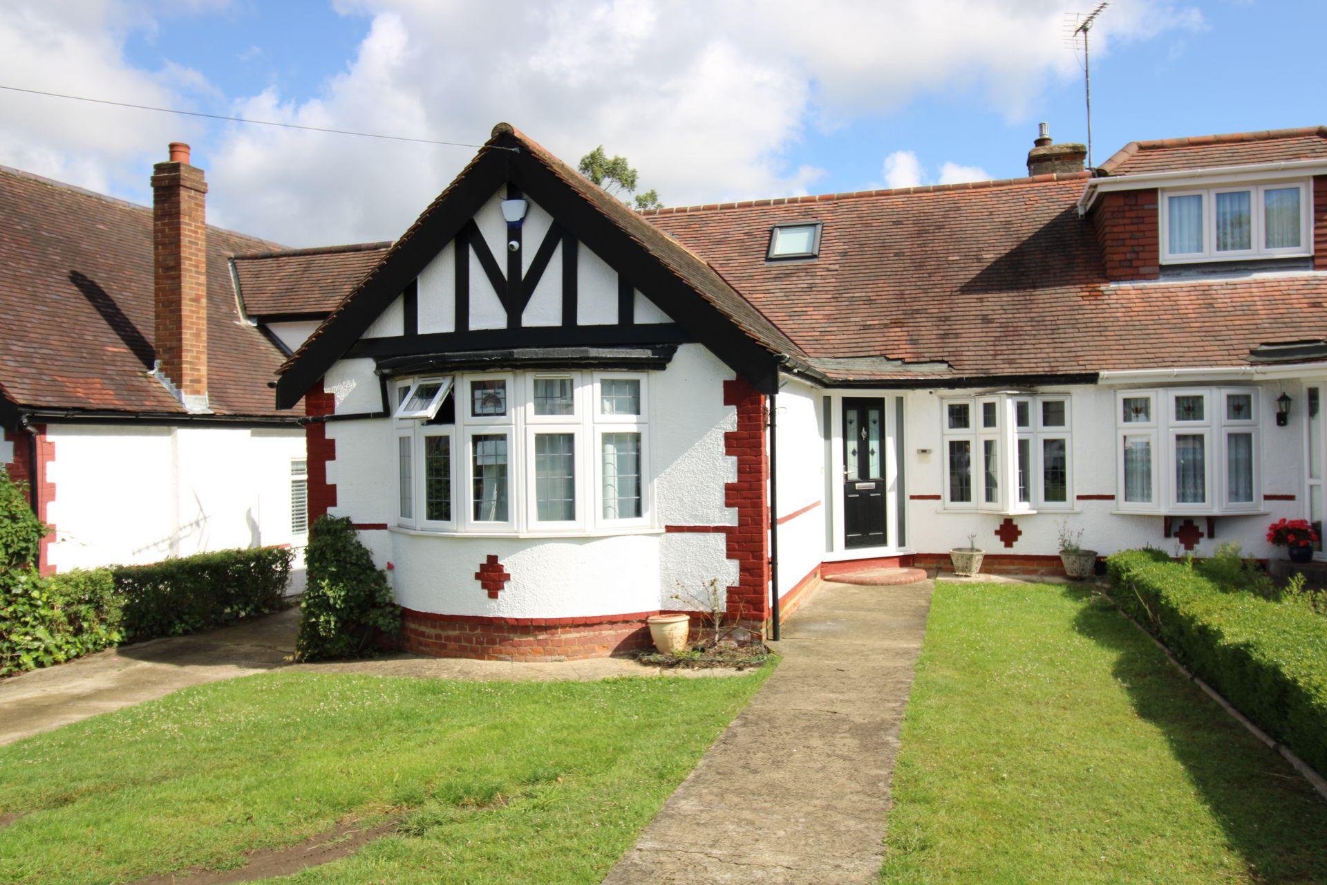 Ladbrooke Drive  Potters Bar  EN6