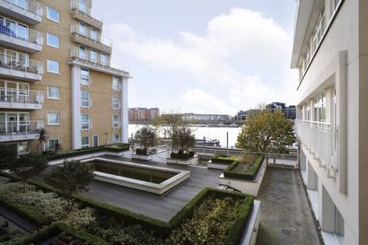 Oyster Wharf  Battersea  SW11