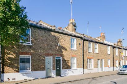 Ballantine Street  Wandsworth  SW18
