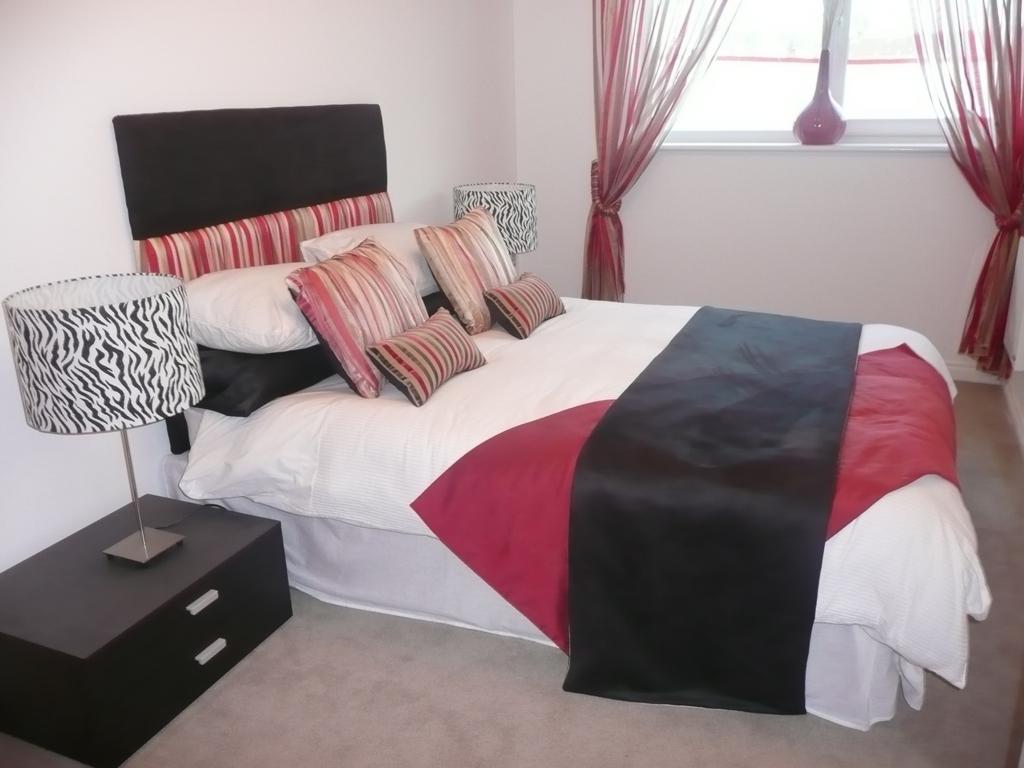 Showroom Image Bed 1