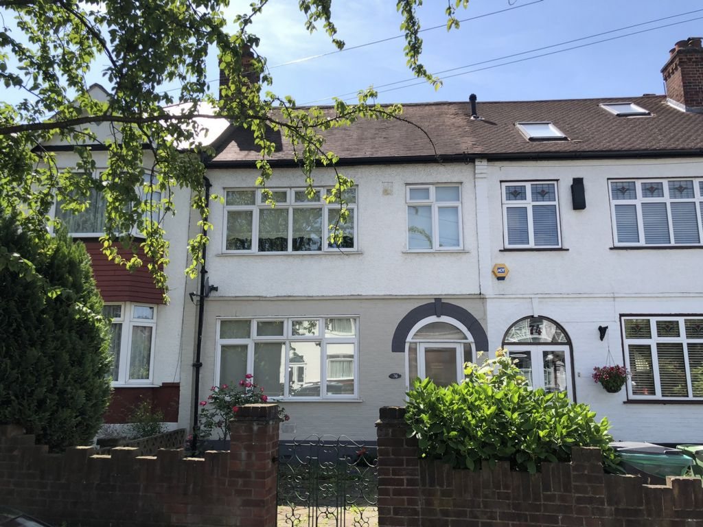 Penderry Rise  Catford  SE6