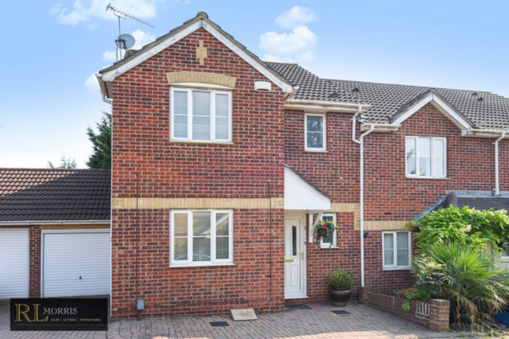 Photo 1, Westfield Park Drive, Woodford Green, IG8