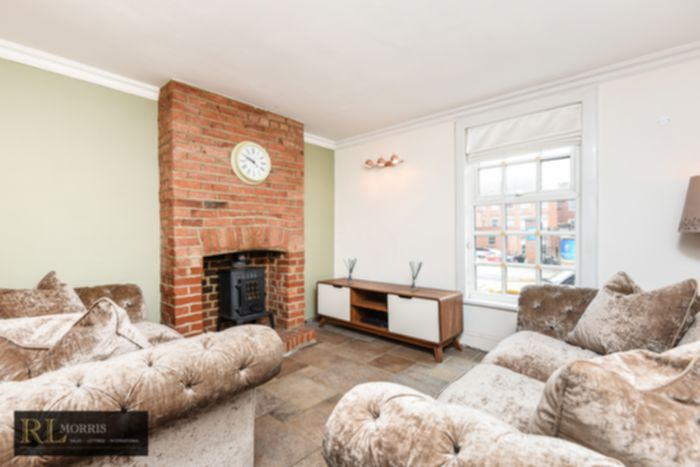 Photo 2, Queens Road, Brentwood, CM14