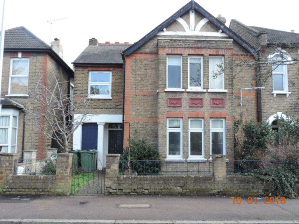 Photo 1, Cleveland Road, South Woodford, E18