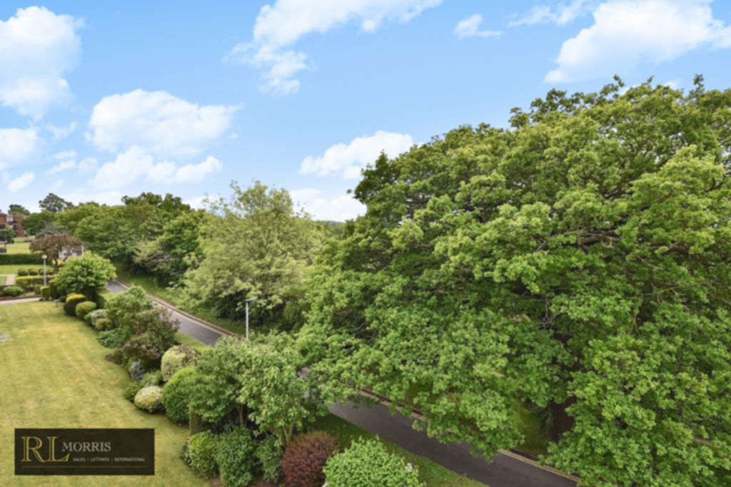 Sydney Road  Woodford Green  IG8