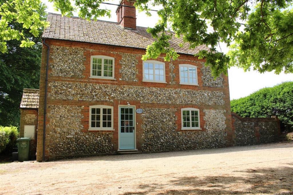 Acre House  14 Sussex Farm  PE31
