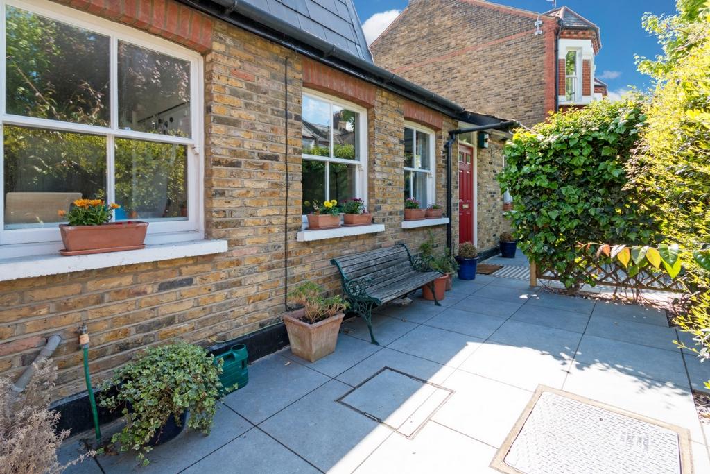 Acris Street  Wandsworth  SW18