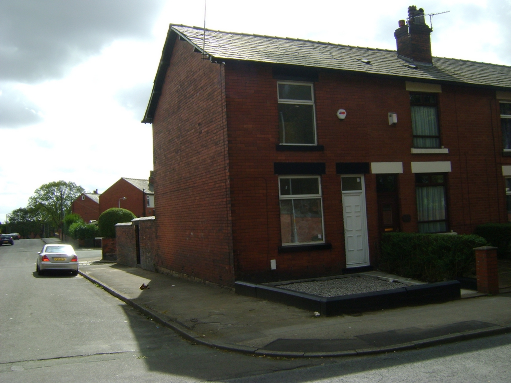 Willows Lane  Bolton  BL3